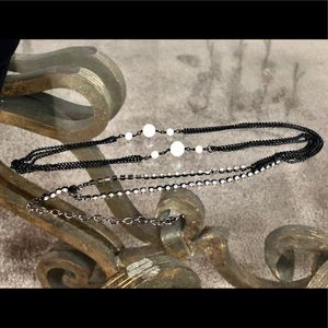 Jewelry - Long black chain necklace with pearls & rinestones